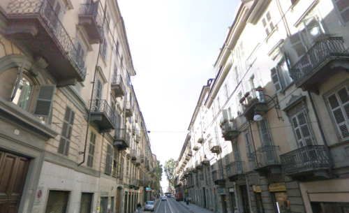 Via Accademia Albertina a Torino, sede di un coworking Cowo